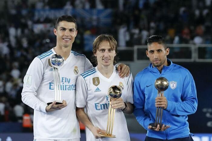 Ronaldo chuyển thi đấu ở Real Madrid